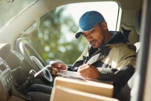 Professional Courier Services in Hialeah